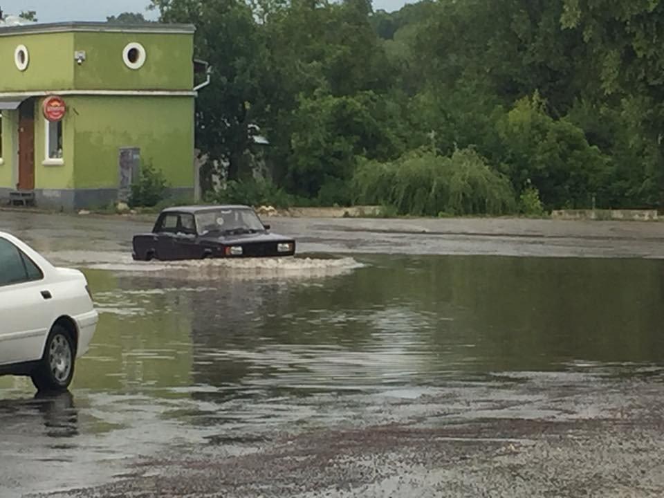Ливень затопил Збараж