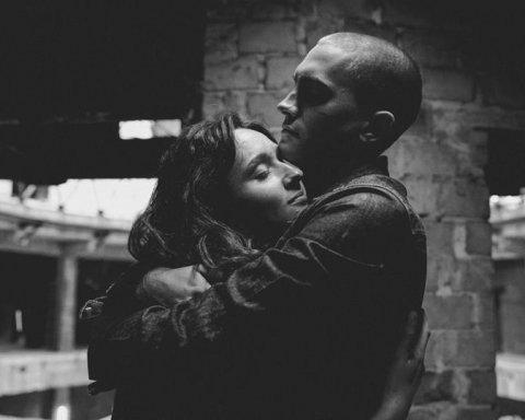 Муж с женой до крови подрались в новом клипе «Океана Эльзы»