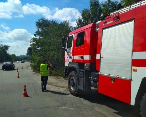 Непогода обесточила больничный комплекс в Запорожье: кадры с места ЧП