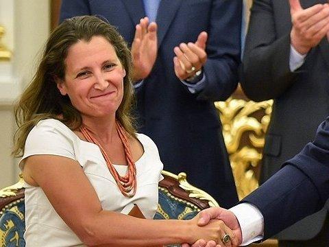 Фріланд розповіла про важливість успіху України для всього світу
