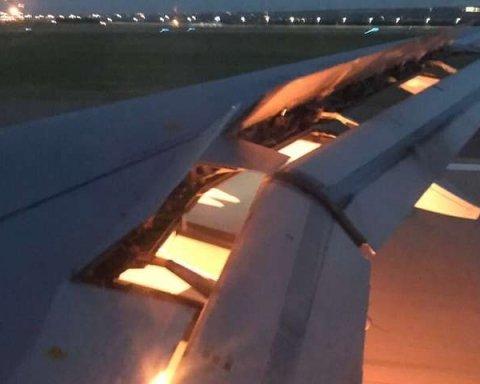 Загорелся российский самолет, перевозивший иностранных футболистов