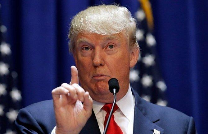 Дочь Трампа оказалась вгромком скандале вСША: президент резко отреагировал