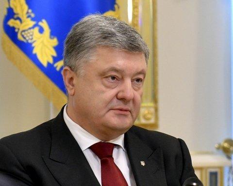 Порошенко передал законопроект о создании антикоррупционного суда в ВСП