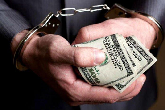 На хабарі спіймали прокурора і екс-співробітника ГПУ: деталі затримання