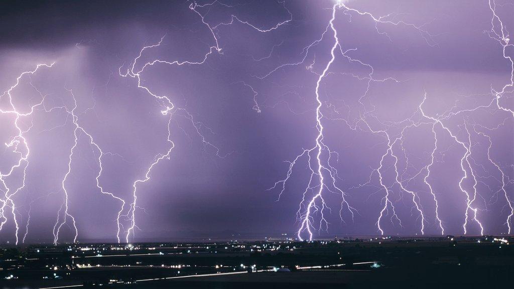 Не тільки дощі: синоптики попередили українців про нову небезпеку