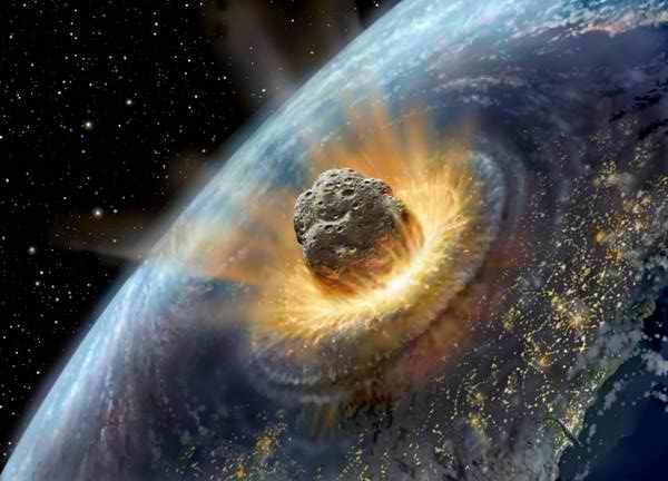 На Землю летят сразу три астероида: ученые назвали дату «атаки»