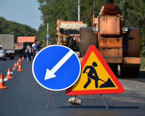 Названо астрономічну ціну ремонту всіх доріг в Україні