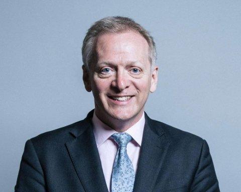 Британський міністр йде з посади через Brexit