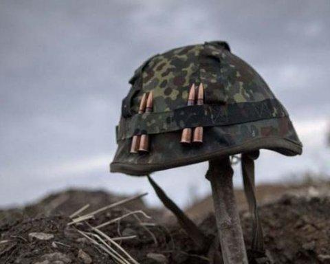 Пытались спрятать: на Донбассе подбили танк боевиков
