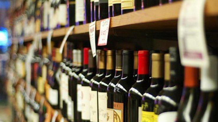 Буде як в Європі: В Україні ціни на алкоголь злетять вгору
