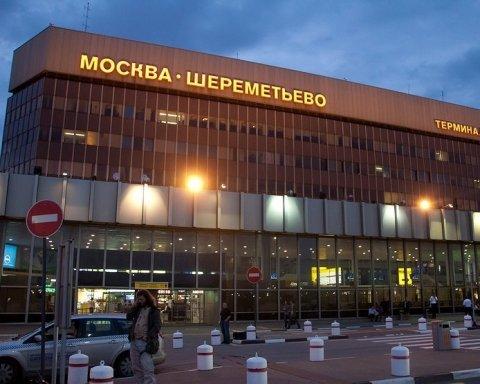 Стихія змила головний російський аеропорт: шокуючі кадри