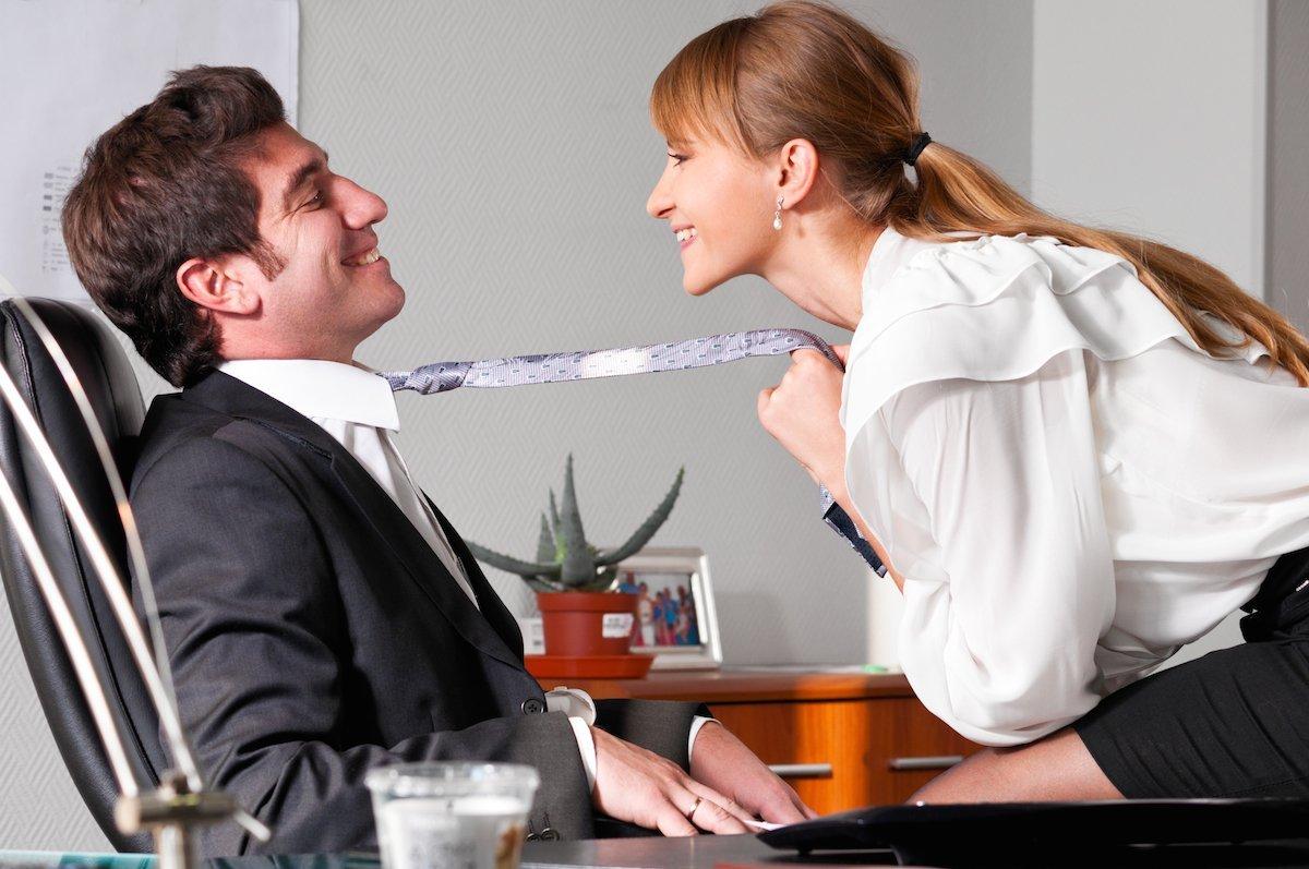 Почему мы влюбляемся в коллег: ученые объяснили