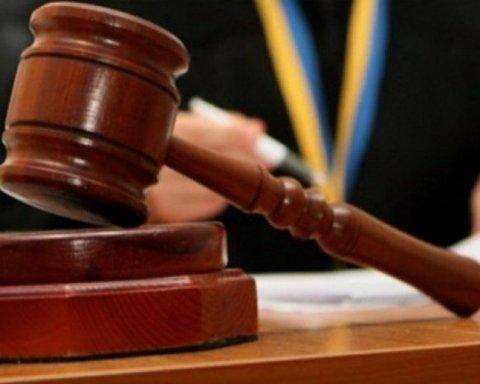 Закон об антикоррупционном суде поступил в администрацию Президента