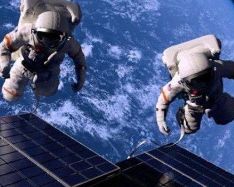 З'явилися кадри польоту астронавтів у відкритому космосі