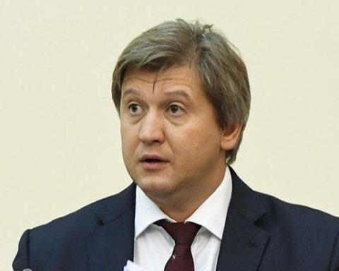 Українцям не будуть піднімати мінімалку: міністр назвав причини