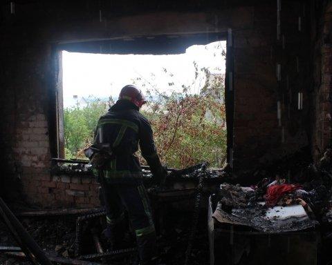 Дворічна дитина загинула під час пожежі в житловому будинку