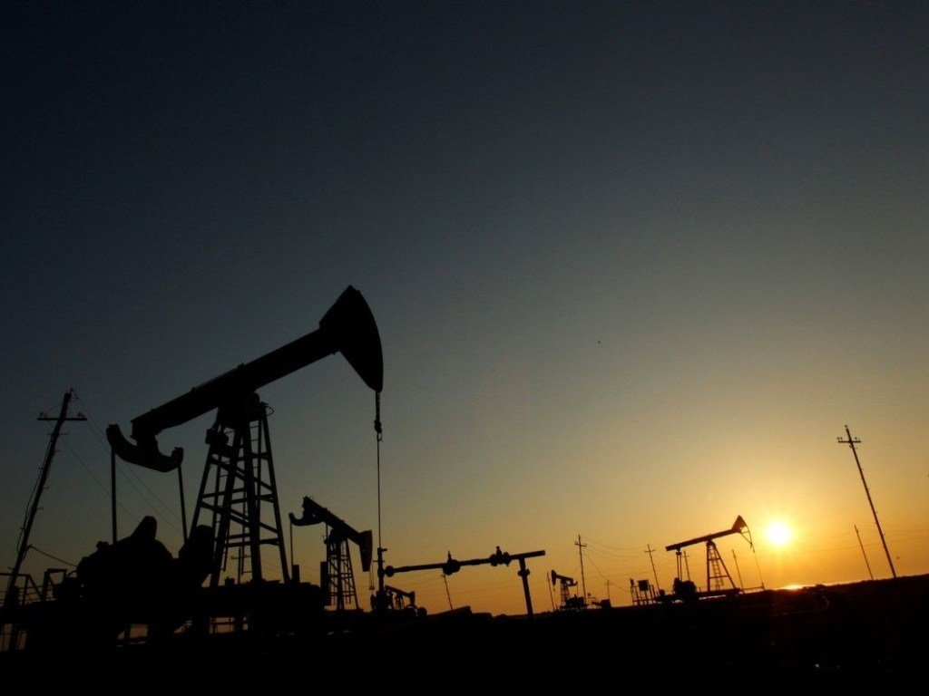 Нефть марки Brent упала до 73 долларов за баррель