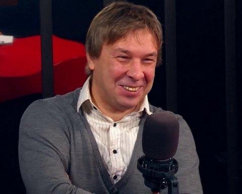 Вночі напали з ножем на відомого продюсера Олександра Ягольника: перші фото