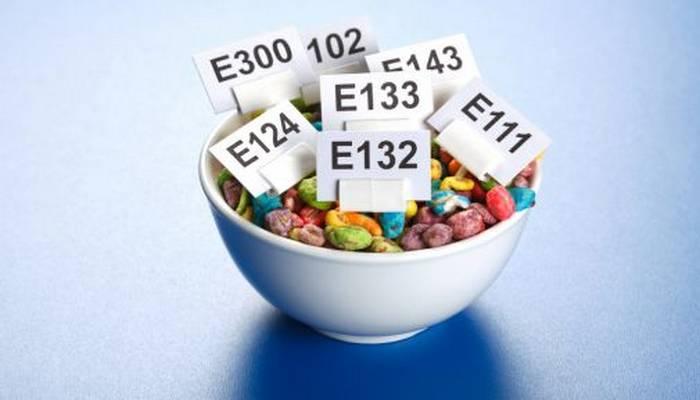 Названы самые опасные сладости, которые вредят здоровью человека