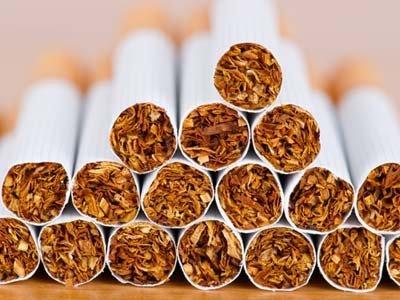 Контрабандисты бросили 16 ящиков сигарет, убегая от пограничников на Буковине