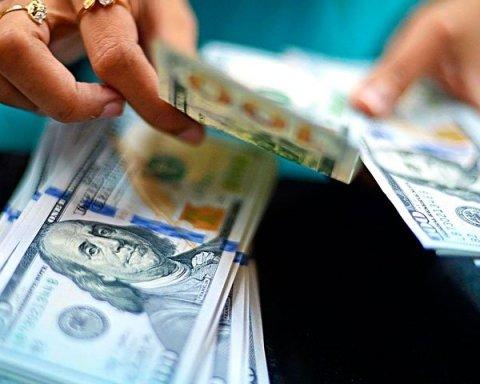 Як новий закон про валюту змінить життя українців: деталі нововведення