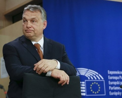 Венгрия может остаться без права голоса в ЕС