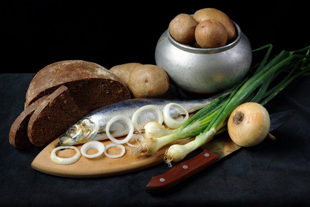 Розпочинається Петрів піст. Традиції і календар правильного харчування на 38 днів