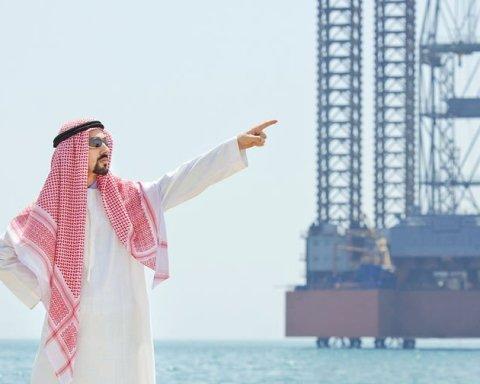 Саудовскую Аравию убедили сосать еще больше нефти