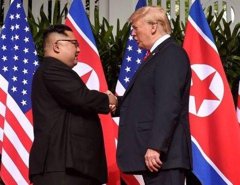 Трамп і Кім Чен Ин підписали підсумковий документ після переговорів