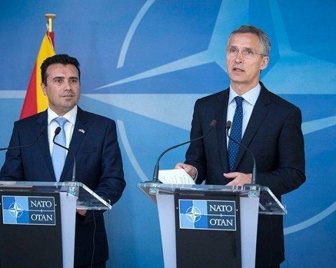 НАТО запропонують Македонії почати перемовини про вступ до альянсу