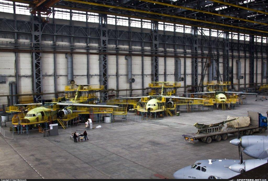 З'явилися знімки недобудованого літака Мрія на заводі Антонов