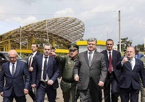 »Единого окна» на таможне не будет: Порошенко ветировал закон