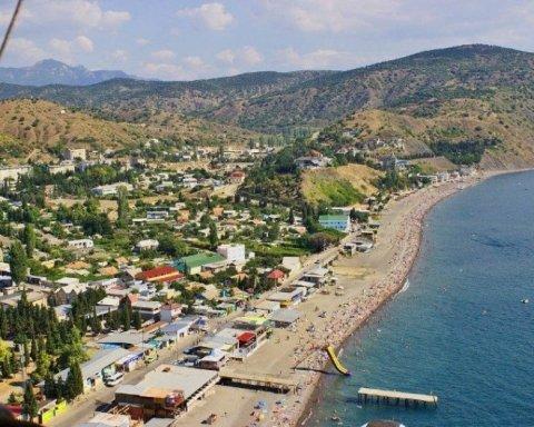 Продовжує розмовляти українською: з'явилися показові кадри з анексованого Криму