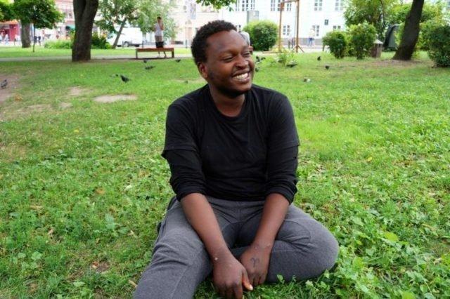 У Києві жебракував випускник Стенфорда, який володіє п'ятьма мовами