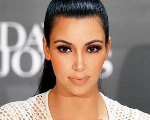 Ким Кардашьян выглядит слишком «инопланетно»