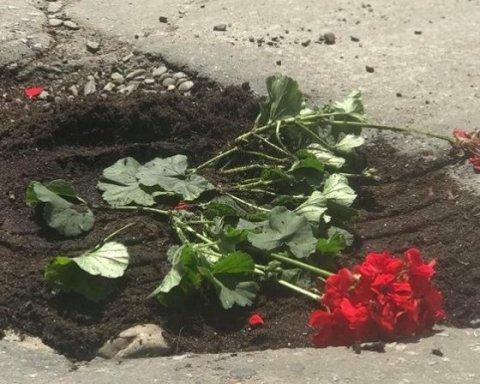 В Черновцах решили «радикально» бороться с ямами на дорогах