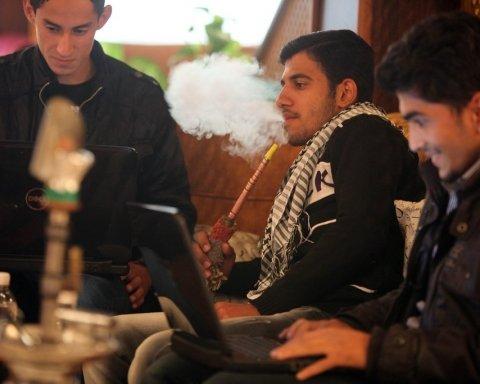 Из-за антиправительственных протестов в Багдаде заблокировали интернет