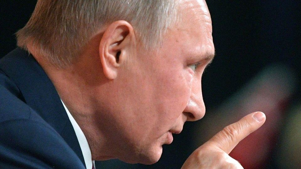 Путін – Сталін: у Трампа зробили жорстку заяву через окупаційні замашки РФ