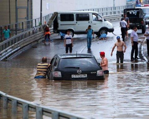 Ливень затопил Сочи