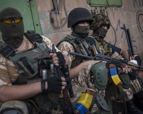 На Донбасі було жарко: бойовики тиснуть вогнем, багато поранених серед ЗСУ