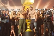 Усик – Гассієв: переможця нагородить дружина легенди боксу