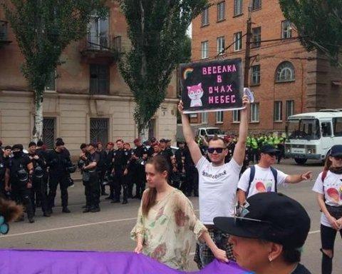 У Кривому Розі провели молитву проти маршу ЛГБТ