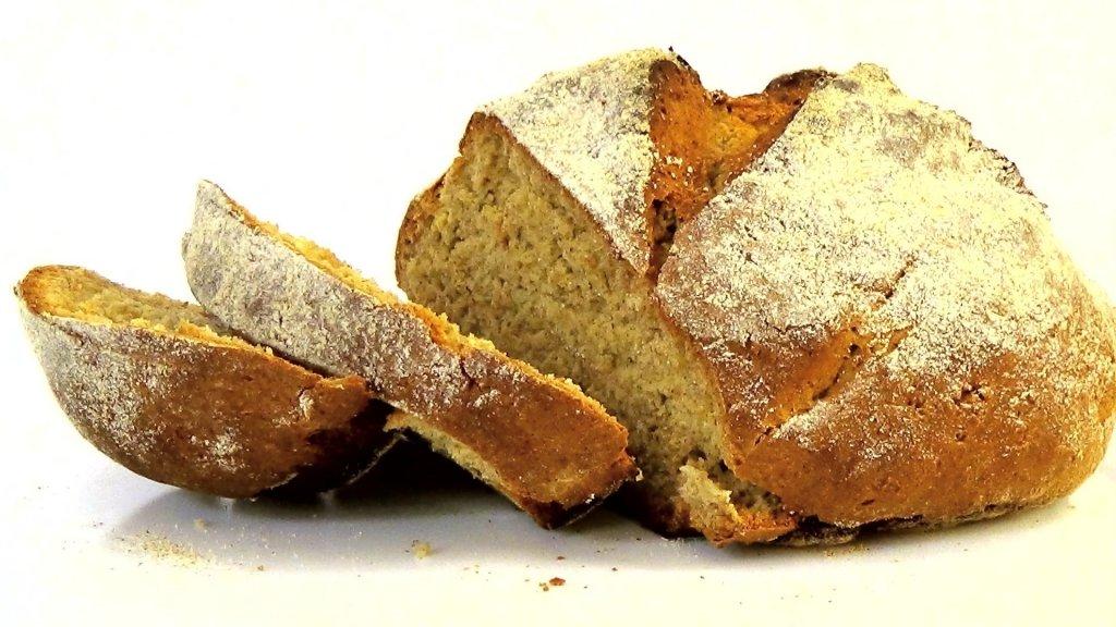 Диабетикам на заметку: какой хлеб снижает уровень сахара в крови