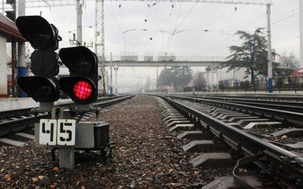 Невероятно: поезд насмерть сбил украинку, а машинисты пытались спрятать тело
