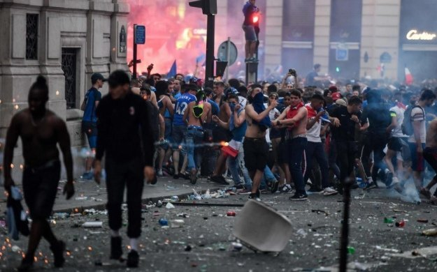Image result for фраеция массовые беспорядки