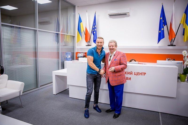 Олег Винник стал преподавателем в университете «поющего ректора»