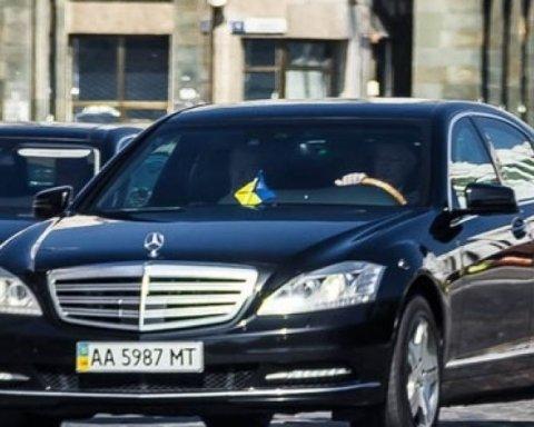 Арабский шейх: кортеж Порошенко поразил украинцев своими размерами