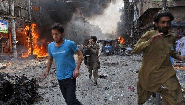 Число загиблих в Пакистані збільшилося до 130 осіб