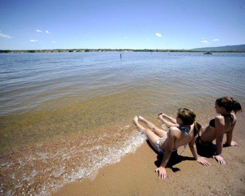 Де знаходяться пляжі, на яких небезпечно купатися: карта