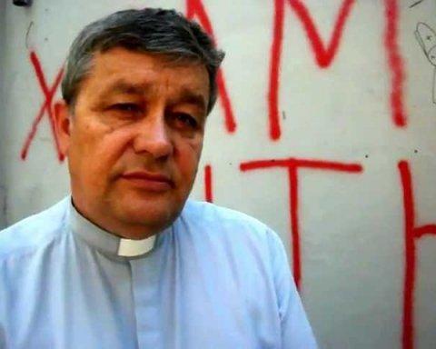 Легендарний український священик-екзорцист проведе молебень